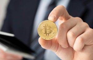 Veterano prevê futuro do Bitcoin e criptomoedas durante a correção